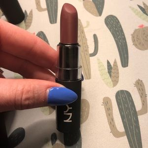 NYX Duchess Matte Lipstick
